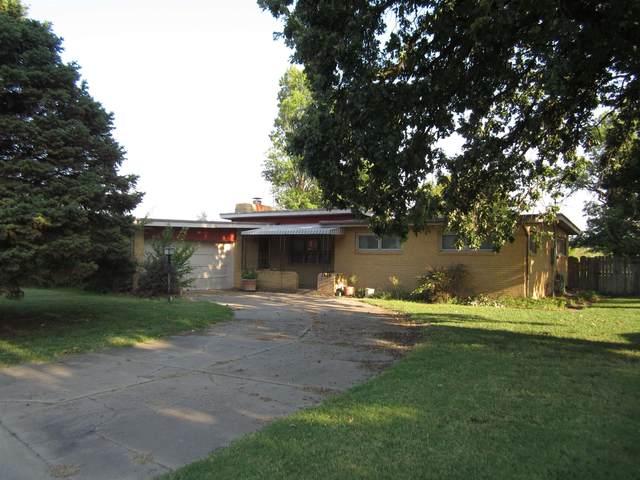 1700 W 34th St N, Wichita, KS 67204 (MLS #601748) :: Kirk Short's Wichita Home Team