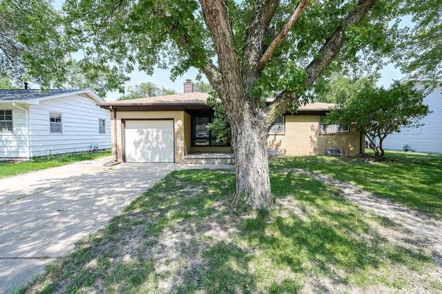 2210 W Lotus St, Wichita, KS 67213 (MLS #601924) :: Pinnacle Realty Group