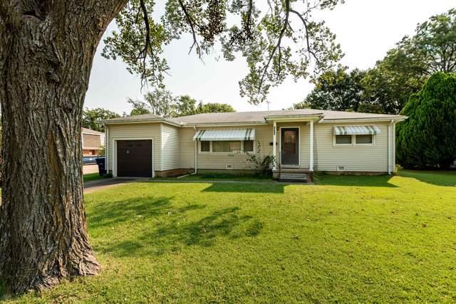 1914 Dearborn St, Augusta, KS 67010 (MLS #601941) :: COSH Real Estate Services