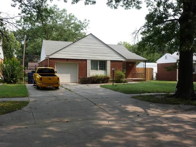 2032 S Glendale, Wichita, KS 67218 (MLS #601947) :: Kirk Short's Wichita Home Team