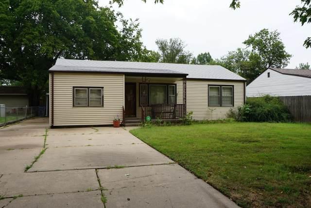 2714 S Victoria Ave, Wichita, KS 67216 (MLS #601964) :: COSH Real Estate Services