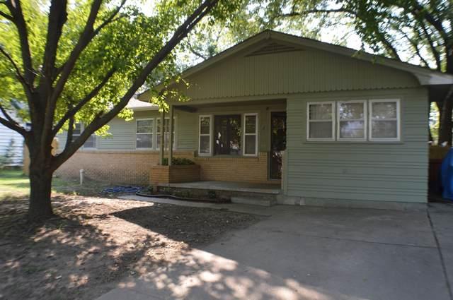 131 W Cedar, Mulvane, KS 67110 (MLS #601994) :: Keller Williams Hometown Partners
