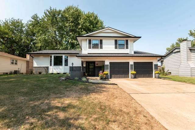 819 N Farmington Dr, Derby, KS 67037 (MLS #601999) :: Kirk Short's Wichita Home Team