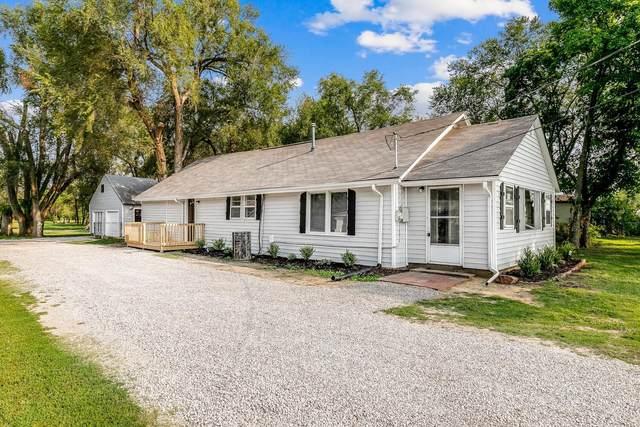 910 S Meridian Ave, Valley Center, KS 67147 (MLS #602059) :: Kirk Short's Wichita Home Team