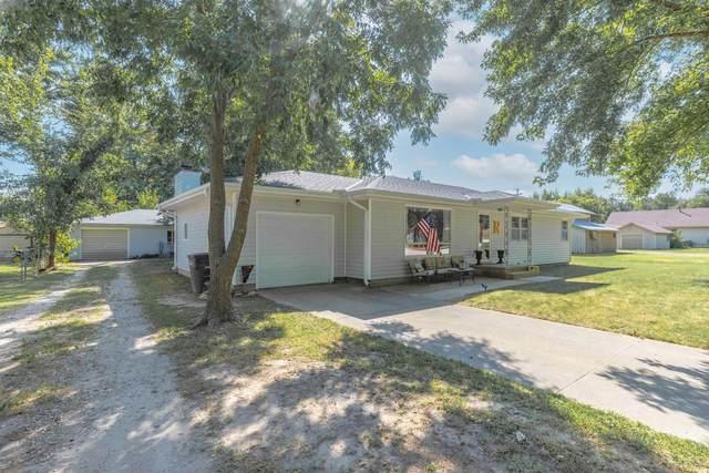 1420 N B St, Arkansas City, KS 67005 (MLS #602089) :: Pinnacle Realty Group