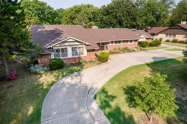 559 N Brookfield St, Wichita, KS 67206 (MLS #602155) :: Keller Williams Hometown Partners