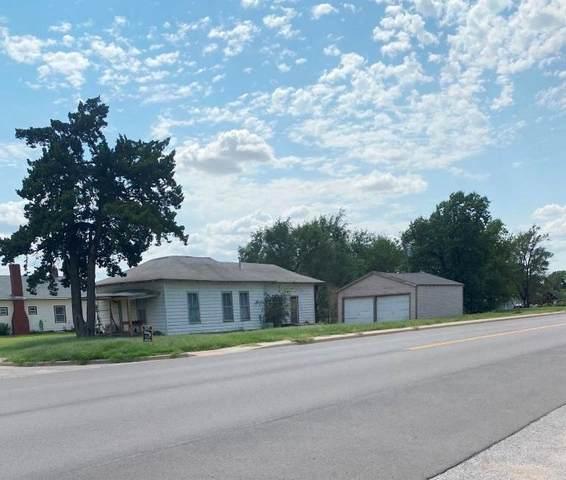 221 N Garfield St, Attica, KS 67009 (MLS #602172) :: The Terrill Team