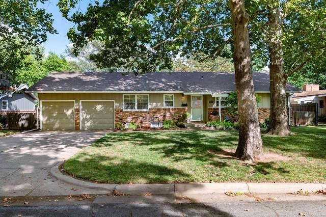 650 N Fairway Ave, Wichita, KS 67212 (MLS #602173) :: Kirk Short's Wichita Home Team