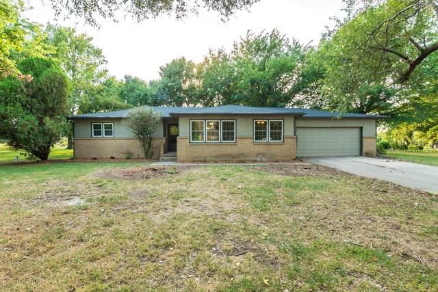 401 S Country View Ln, Wichita, KS 67235 (MLS #602197) :: Pinnacle Realty Group