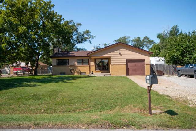 2835 N Clarence, Wichita, KS 67204 (MLS #602225) :: Matter Prop