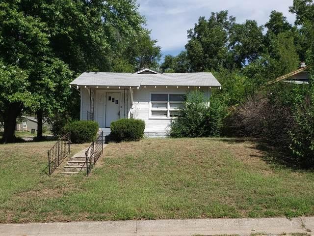 722 W Walnut, Arkansas City, KS 67005 (MLS #602241) :: Kirk Short's Wichita Home Team