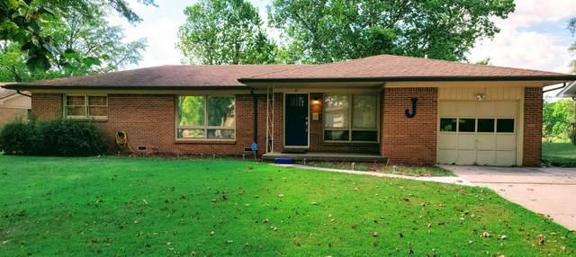 411 N Putter Ln, Wichita, KS 67212 (MLS #602281) :: Pinnacle Realty Group