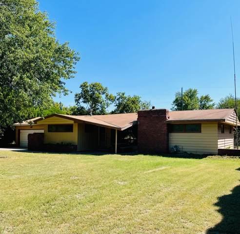 5015 W Douglas Ave, Wichita, KS 67209 (MLS #602326) :: Matter Prop