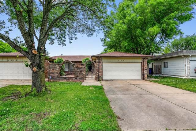 1221 S Governeour Rd 1223 S. Governe, Wichita, KS 67207 (MLS #602548) :: Kirk Short's Wichita Home Team