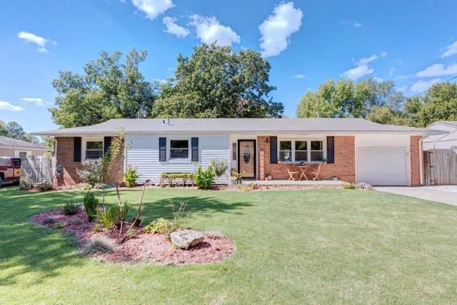 1515 Frankfort St, Winfield, KS 67156 (MLS #602564) :: Kirk Short's Wichita Home Team