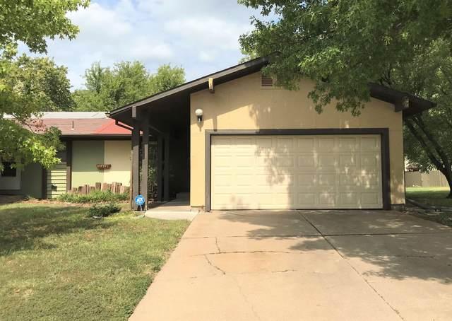 2367 N Rutland Ct, Wichita, KS 67226 (MLS #602600) :: Graham Realtors
