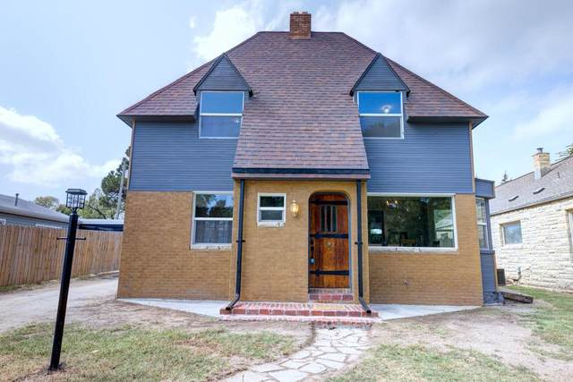 1217 N A St, Arkansas City, KS 67005 (MLS #602848) :: Kirk Short's Wichita Home Team