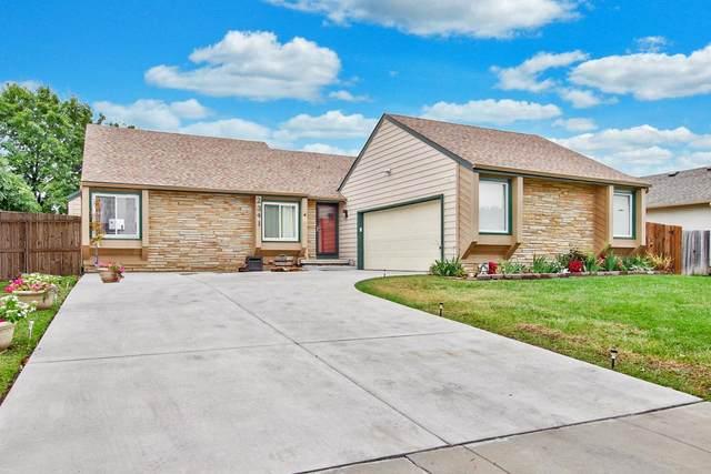 2341 S Cypress St, Wichita, KS 67207 (MLS #602945) :: Kirk Short's Wichita Home Team