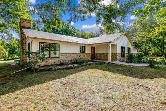 4210 Meadowbrook Ln, Winfield, KS 67156 (MLS #602954) :: Pinnacle Realty Group
