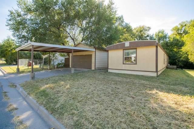 4324 E Deer Lake Ct, Wichita, KS 67210 (MLS #603010) :: Graham Realtors