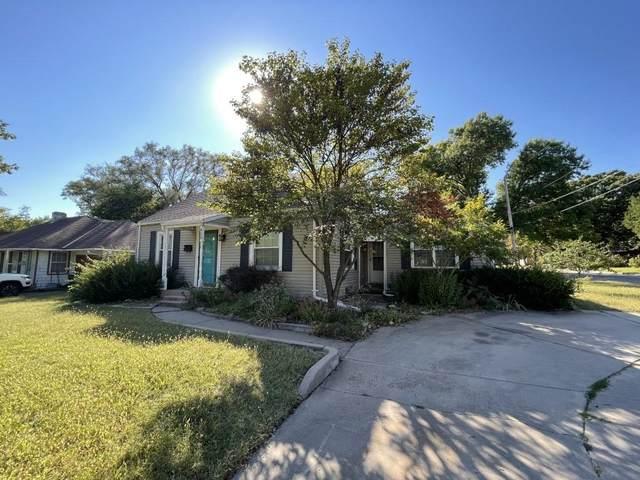 953 N Roosevelt Ave, Wichita, KS 67208 (MLS #603154) :: COSH Real Estate Services