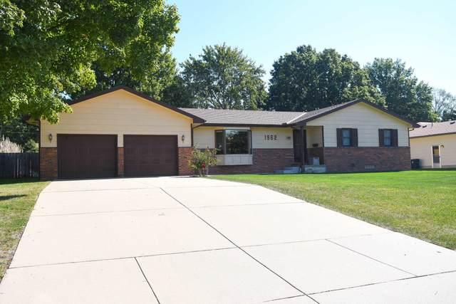 1962 N Country Club Rd, El Dorado, KS 67042 (MLS #603220) :: Matter Prop