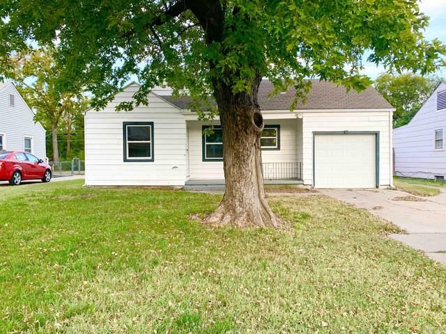 1112 S Martinson St, Wichita, KS 67213 (MLS #603222) :: Kirk Short's Wichita Home Team