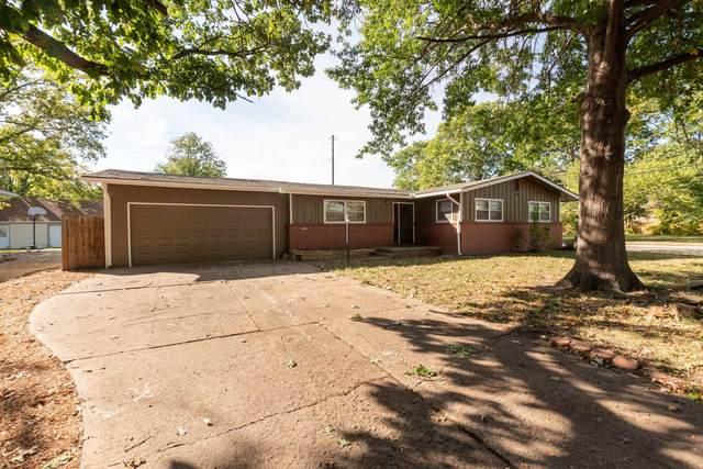 1849 N Burns, Wichita, KS 67203 (MLS #603247) :: The Terrill Team