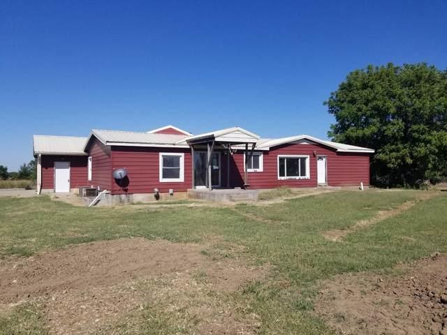 10716 212TH RD, Winfield, KS 67156 (MLS #603312) :: Pinnacle Realty Group