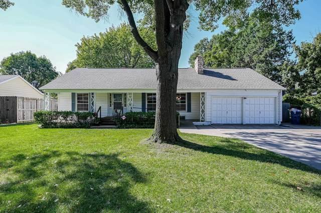 219 S Old Manor, Wichita, KS 67218 (MLS #603366) :: Pinnacle Realty Group