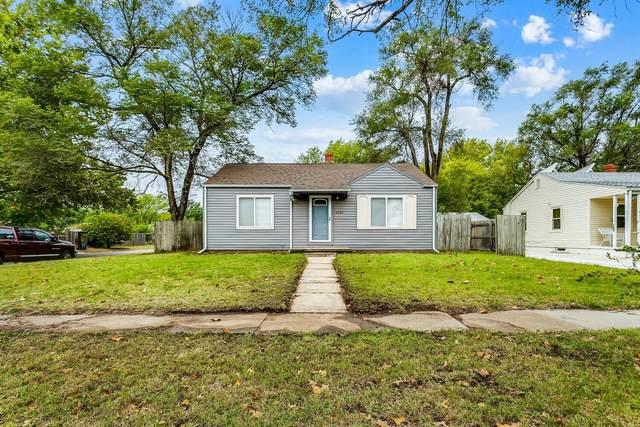 2265 S Lulu Ave, Wichita, KS 67211 (MLS #603412) :: Kirk Short's Wichita Home Team