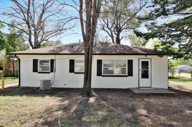606 N Elder St, Wichita, KS 67212 (MLS #603500) :: Pinnacle Realty Group