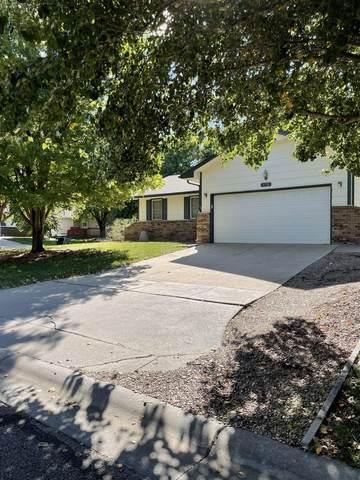 1719 S Shiloh St, Wichita, KS 67207 (MLS #603506) :: COSH Real Estate Services