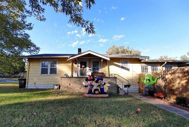 702 N 9th St, Arkansas City, KS 67005 (MLS #603680) :: Kirk Short's Wichita Home Team
