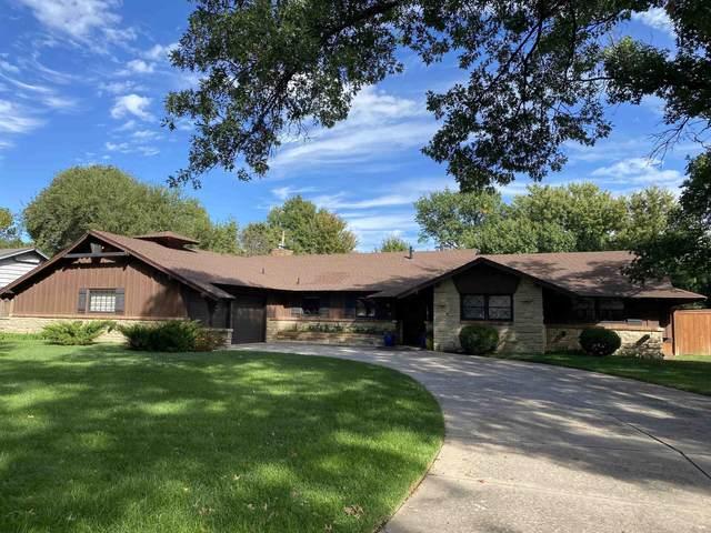522 N Stratford Ln, Wichita, KS 67206 (MLS #603728) :: Graham Realtors