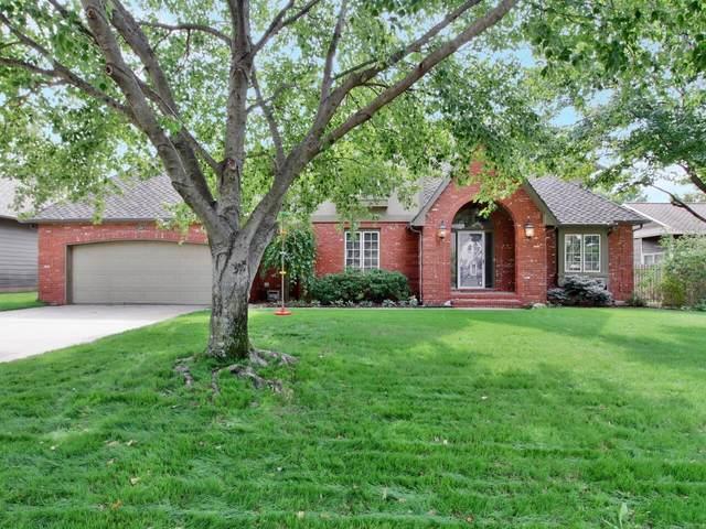 12107 W Briarwood Cir, Wichita, KS 67235 (MLS #603763) :: Kirk Short's Wichita Home Team