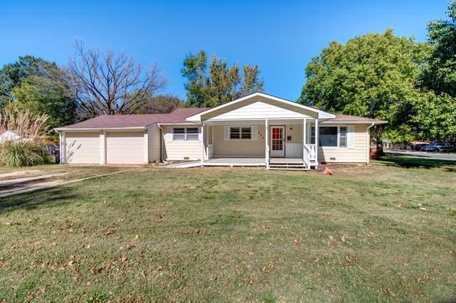 230 E 7th St, Halstead, KS 67056 (MLS #603791) :: Kirk Short's Wichita Home Team