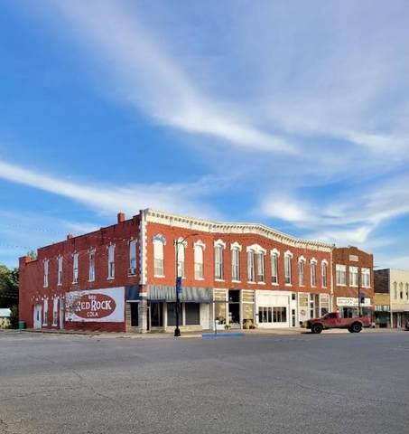 122 N Main St, Eureka, KS 67045 (MLS #603861) :: Kirk Short's Wichita Home Team