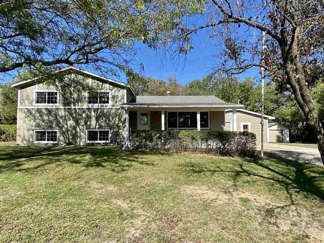 1102 E Williamsburg Rd, Andover, KS 67002 (MLS #603927) :: Kirk Short's Wichita Home Team