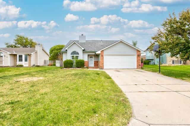 740 E Plantation Rd, Maize, KS 67101 (MLS #603959) :: Kirk Short's Wichita Home Team