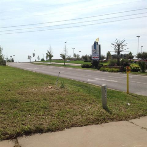 2200 N Rock Rd, Derby, KS 67037 (MLS #507741) :: On The Move