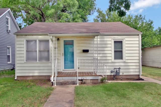 228 N Park Ave, Valley Center, KS 67147 (MLS #537016) :: Katie Walton with RE/MAX Associates