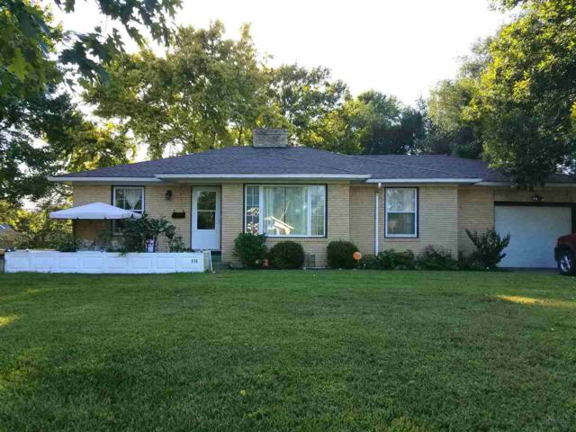 515 N Ash, Valley Center, KS 67147 (MLS #540931) :: Katie Walton with RE/MAX Associates