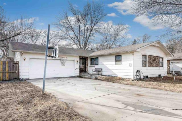 219 W Scott Street, Valley Center, KS 67147 (MLS #545676) :: Glaves Realty