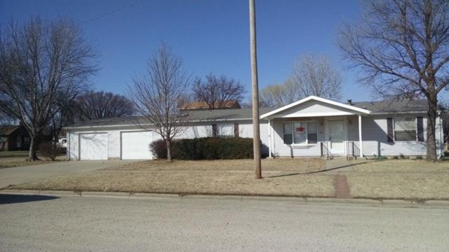 300 E Hamilton, Claflin, KS 67525 (MLS #547632) :: Better Homes and Gardens Real Estate Alliance
