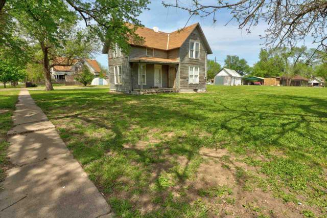 612 N Sycamore St, Peabody, KS 66866 (MLS #550918) :: On The Move