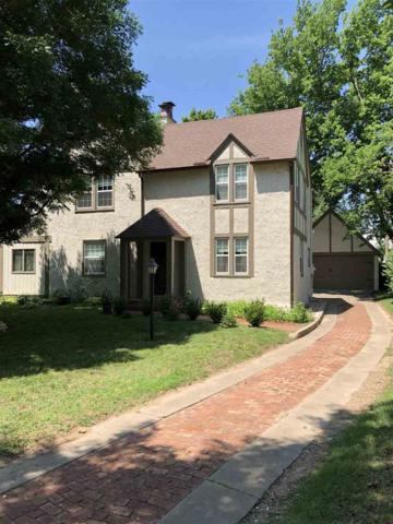 917 N 2nd St, Arkansas City, KS 67005 (MLS #552272) :: Select Homes - Team Real Estate