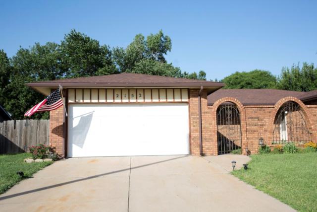 2152 S White Oak Dr, Wichita, KS 67207 (MLS #552837) :: Select Homes - Team Real Estate