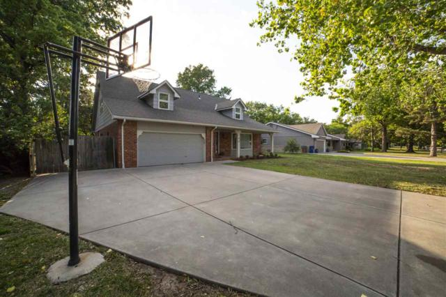 15 S Drury Ln, Eastborough, KS 67207 (MLS #553152) :: Wichita Real Estate Connection