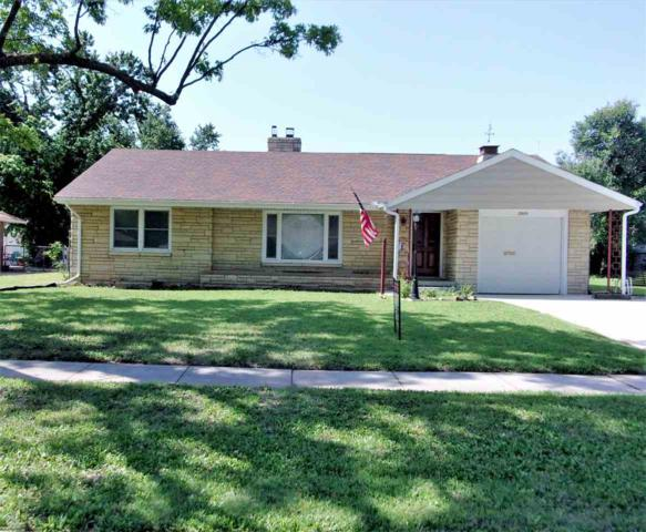 2909 E Aloma St, Wichita, KS 67211 (MLS #553258) :: Select Homes - Team Real Estate